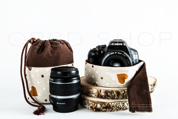 Photographer Gift Set | Add style and personality to your photography equipment with this handmade cover camera strap and lens case. They could also be an original photographer gift idea ♥ | Cover Camera Strap w/ Drawstring Lens Case | Canon/Nikon DSLR Cover Camera Strap Sleeve w/ Lens Pouch Bag
