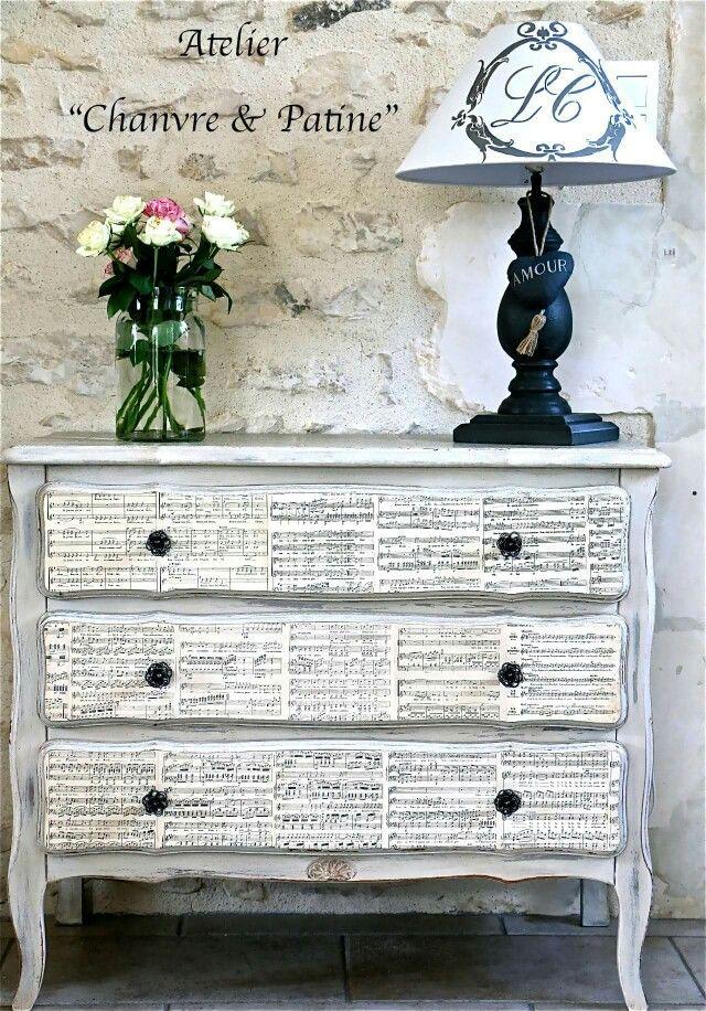 Les 25 meilleures id es de la cat gorie papier peint shabby chic sur pinterest d cor de - Papier peint sur meuble ...