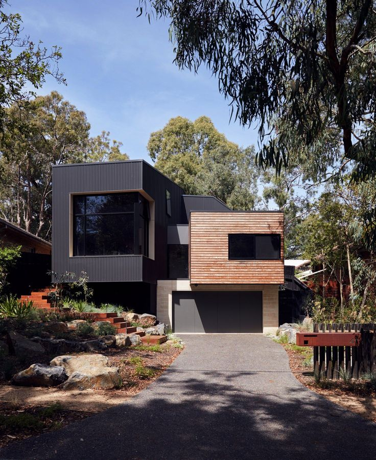 Adjoining the Gardiners Creek Reserve, this family dwelling is nestled amongst the gums. Blackbutt timber and Colorbond monument iron clad forms project out ...