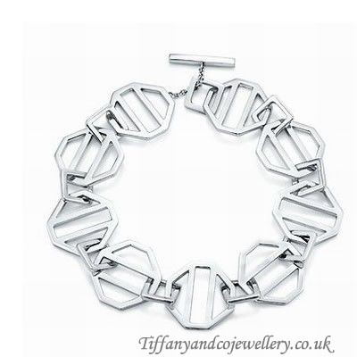 http://www.cheaptiffanyclub.co.uk/enchanting-tiffany-and-co-bracelet-special-silver-066-onlinesale.html#  Extravagant Tiffany And Co Bracelet Special Silver 066 In Cut Price