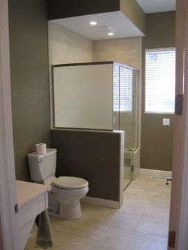 Wheelchair accessible bathrooms handicap accessible for Handicap accessible bathroom design ideas
