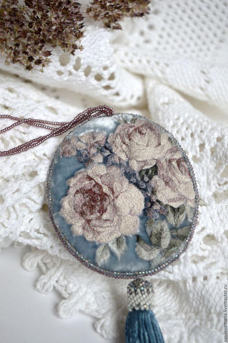 """Купить Кулон """"Весна"""" - голубой, кулон, вышивка, Вышивка гладью, ручная работа, авторская работа"""