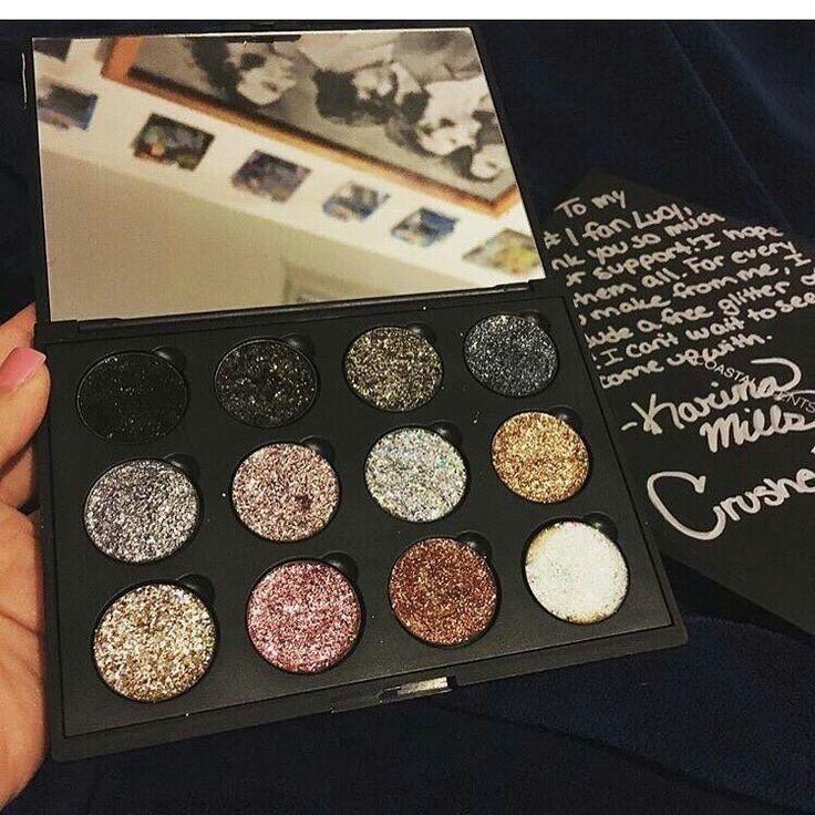 Eyeshadow crushed diamonds