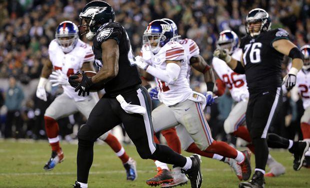 Águilas de Filadelfia fue el menos malo en un juego plagado de errores ante Gigantes de Nueva York