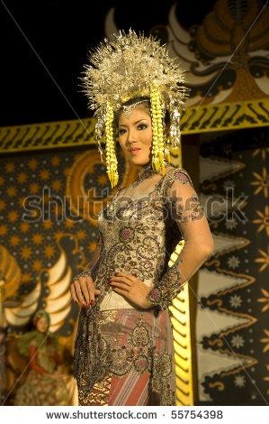 Fashion Show Indonesian Culture Wedding Dress