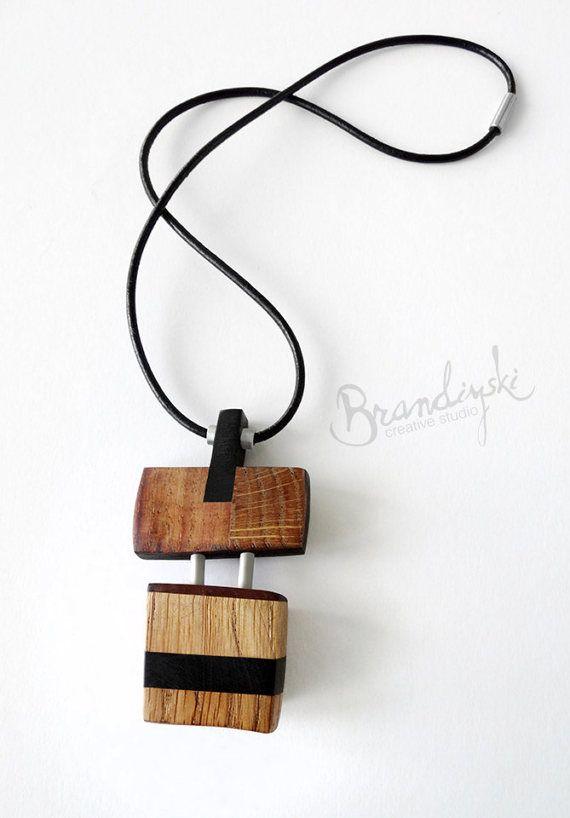 Original Wooden necklace. Vintage wooden jewelry