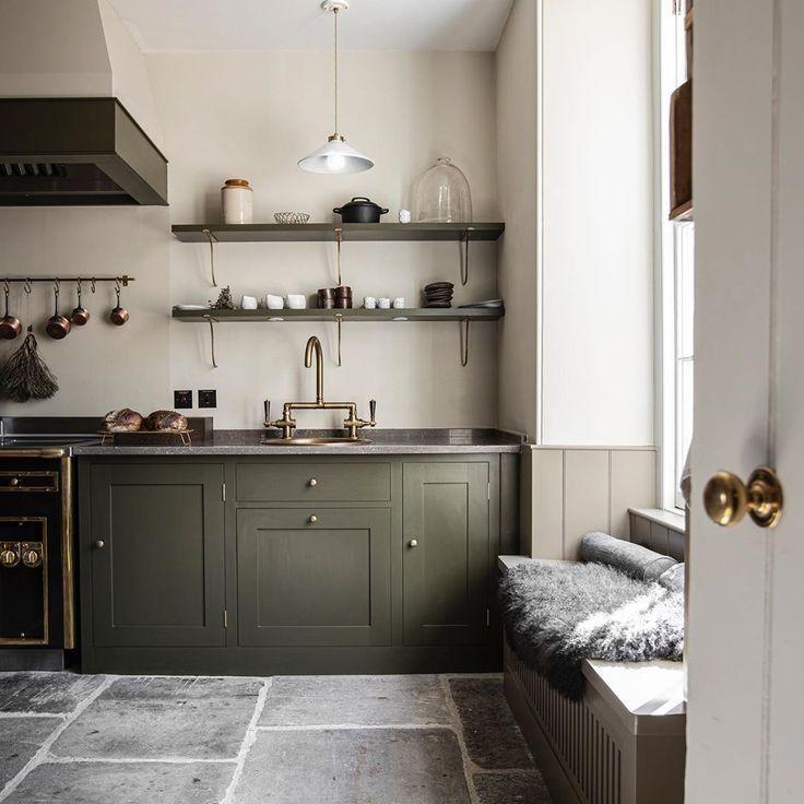 The 17 Biggest Kitchen Design Trends For 2019 In 2020 English Kitchens Design Plain English Kitchen Traditional Kitchen Design