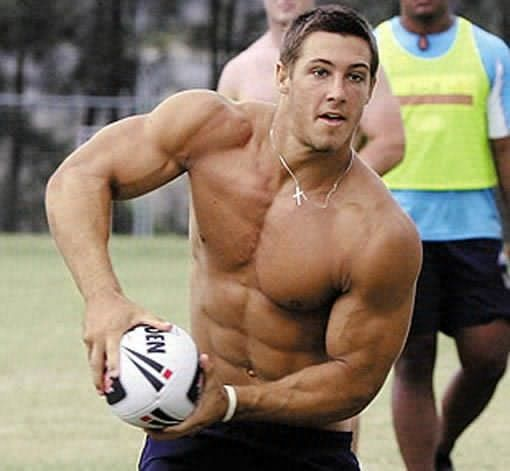 Green Rugby Player: Rugby, Country: Australia, Age: 25, Height