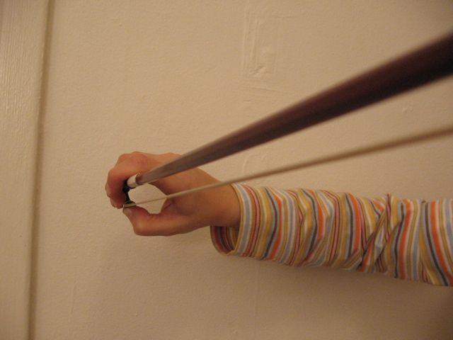 beginner bow hold - tenue d'archet débutante