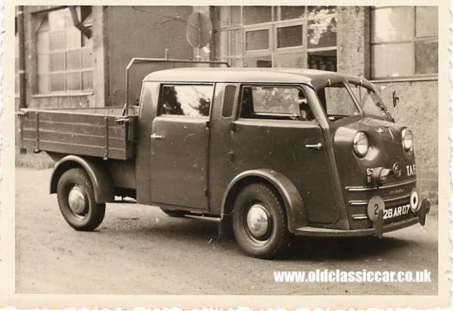 Vintage Unusual Vehicles   One of the rarest vehicles that appears in the period photographs ...