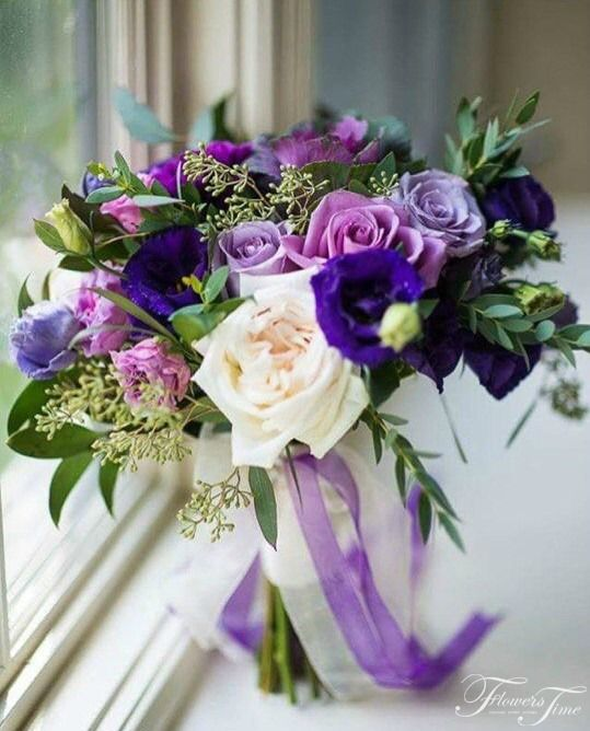 Purple roses bridal bouquet by Flowers Time