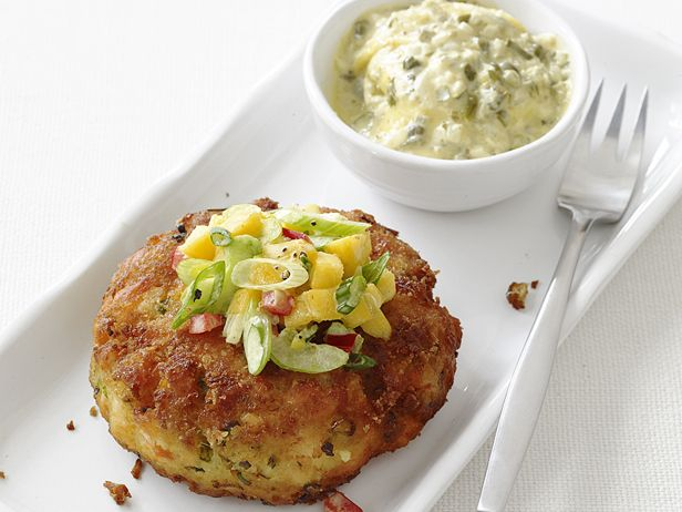 Curried Salmon Cakes from FoodNetwork.com - 536 calories - INGREDIENTS(14): salmon, curry powder, salt, pepper, tartar sauce, saltines, ginger, green onions, egg, red bell pepper, celery, mango, lime juice, vegetable oil  #under550calories