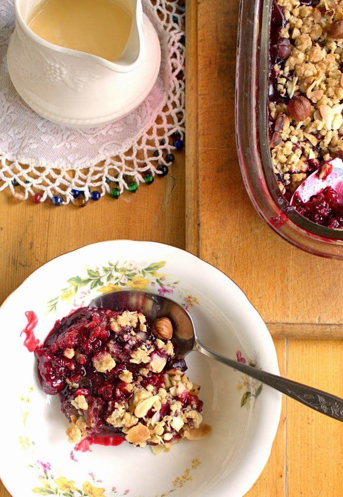 Wine roasted Blackberry Crumble with buttery oats, hazelnuts and almonds. Also known as a crisp, crumble or buckle. From I'd Much Rather Bake Than.... #FourSeasonsFood #GettingFruity