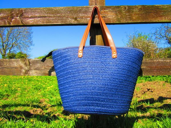 If this Primark bag doesn't make you think of the countryside, we don't know what else will. The wicker material says it all. Perfect for a weekend at the beach or a road trip to your granny's house.