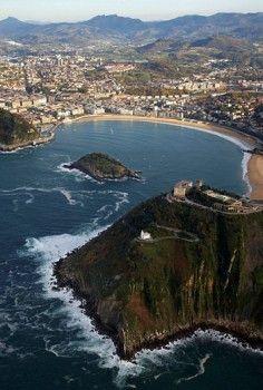La Concha Bay, San Sebastian / Donostia, Guipuzcoa, Euskadi, Spain
