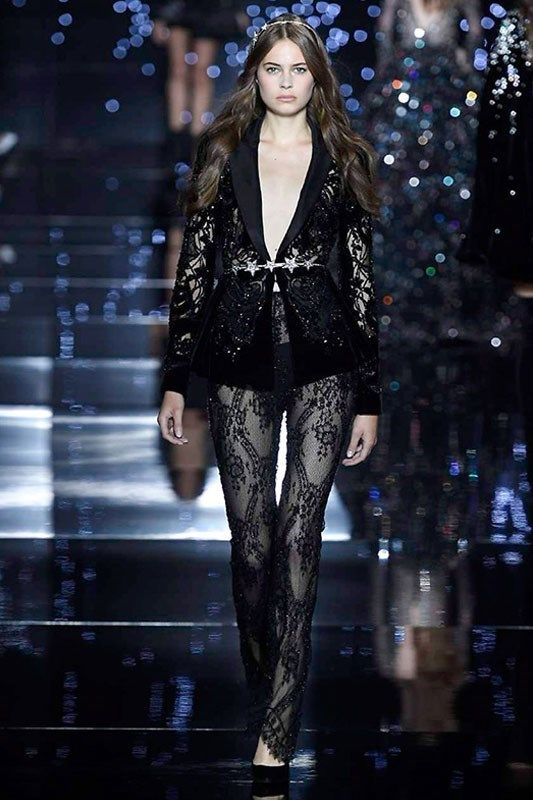 Fluid fabrics created soft waves and defined silhouettes at Zuhair Murad, drawing us into a formidable stream.