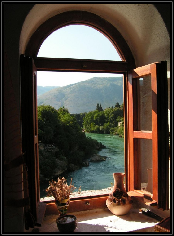 This view would always get me quickly out of my bed! :-)