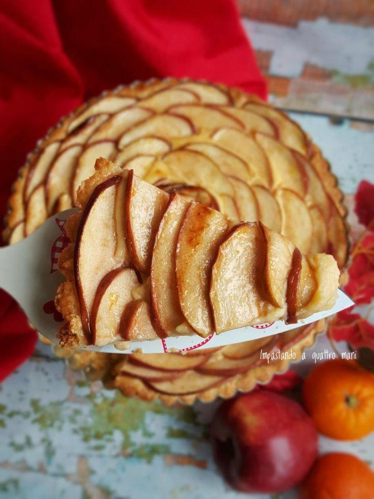 crostata con crema all'arancia e mele