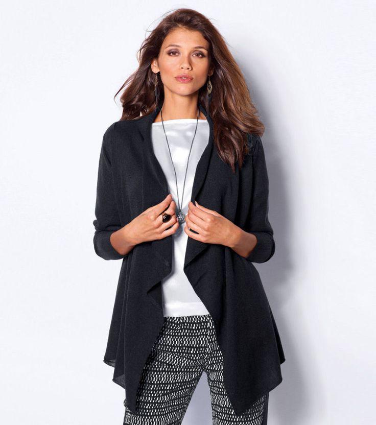 Elegantní a hřejivý svetr, velmi pohodlný a snadný na údržbu, se snadno přizpůsobí rytmu a stylu vašeho života.