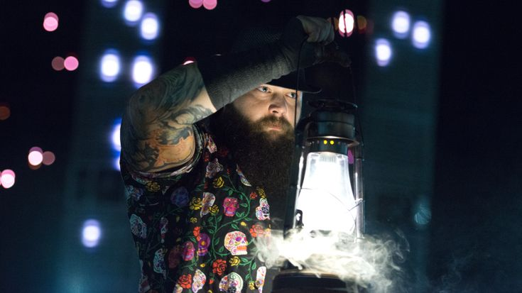 The Wyatt Family appearing on ESPN tonight, Seth Rollins trains with Roderick Strong (photo) - Wrestling News