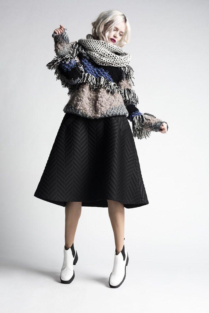 Large silohuettes. Fashion design. Modernity.