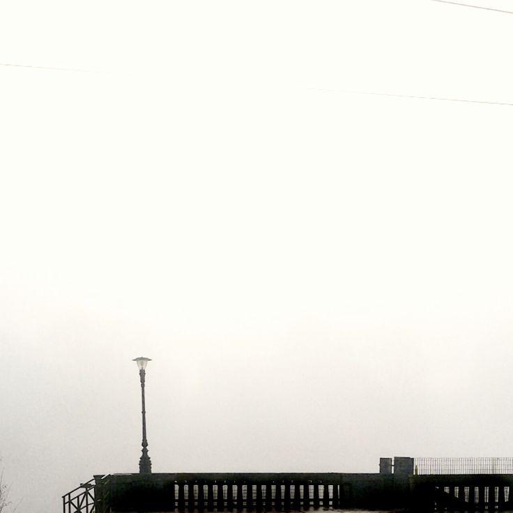 Torino è meravigliosa anche con la nebbia. Se non devi guidare, certo :-)