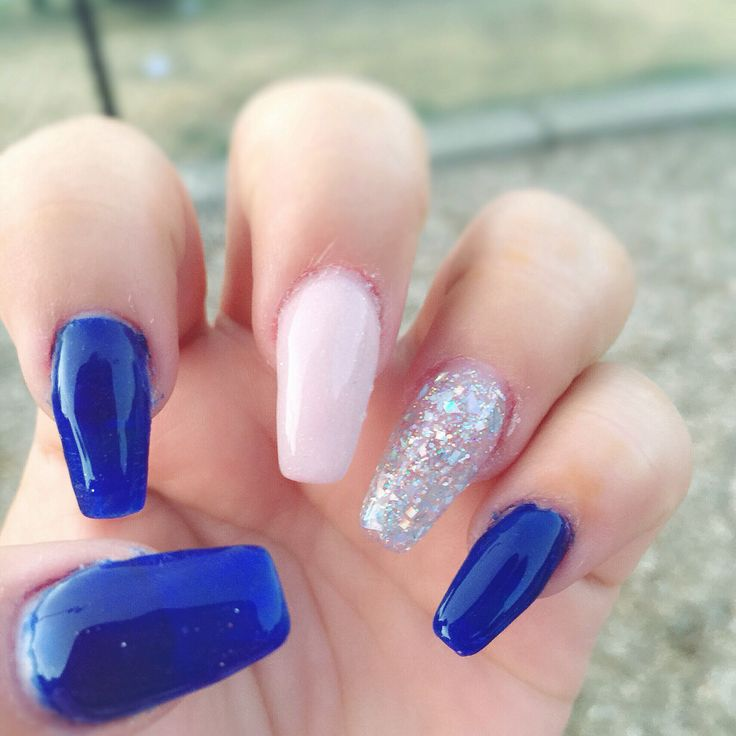 #acrylicnails #coffinshaped #bluenails #silvernails #nudenails #coffinnails
