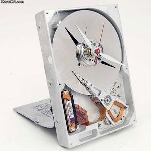 HDD Clock