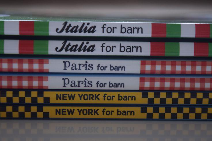 Reisebøker for barn. 64 sider med fakta og lek for å oppdage nye byer og land. QlturRebus forlag Pris 149