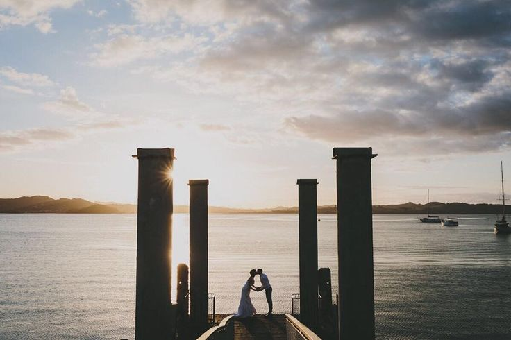 Russell knows how to do sunsets! . . . . . #northlandwedding #bayofislands #russellwedding #bayofislandswedding #bayofislandsweddings #russellsunset #whangareiweddingphotography #sunset #wharf #russellwharf