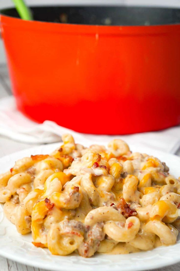 One Pot Bacon Cheeseburger Pasta This Is Not Diet Food In 2020 Beef Pasta Recipes Ground Beef Pasta Recipes Hearty Pasta Recipes