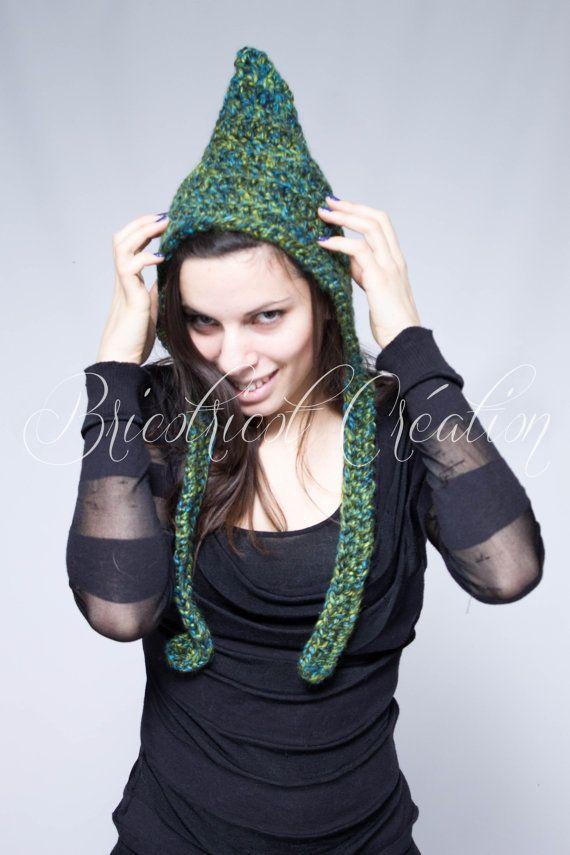 """Chapeau Pixie """"chunky"""" pour ado ou adulte fait au crochet. Prêt à partir! #gnomehat #chapeau #rigolo"""