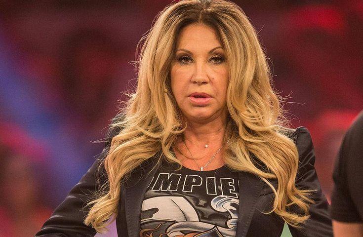 Carmen Geiss muss sich aktuell vor ihren Fans mit ihren Qualitäten als Mutter behaupten.