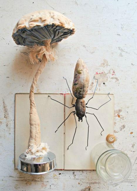 Mister Finch, textile art