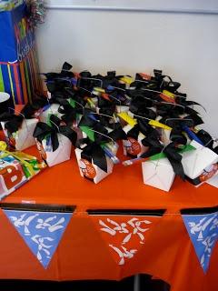 Crafty Texas Girls: Crafty Party Idea- Karate! Pencils look like chopsticks
