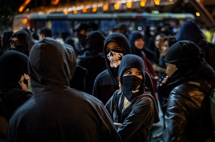 Justiça do Rio declara constitucional proibição de máscaras em protestos   #BlackBlocs, #Manifestações, #Máscaras, #Protestos, #TJRJ