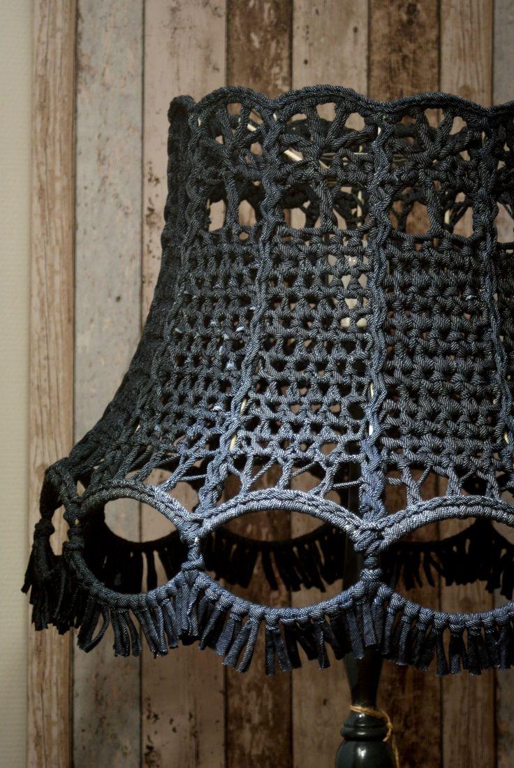 Geweldige lampenkap! Op bestelling gemaakt door Kunjijook.