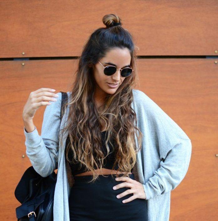 How To Do Hairstyle Trend Half Up Top Knot Be Modish Half Up Hair Half Bun Hairstyles Hair Twist Bun