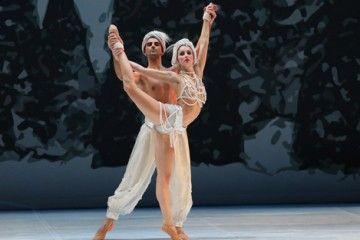 Lo schiaccianoci nella versione di Federico Varatti per il Balletto di Milano