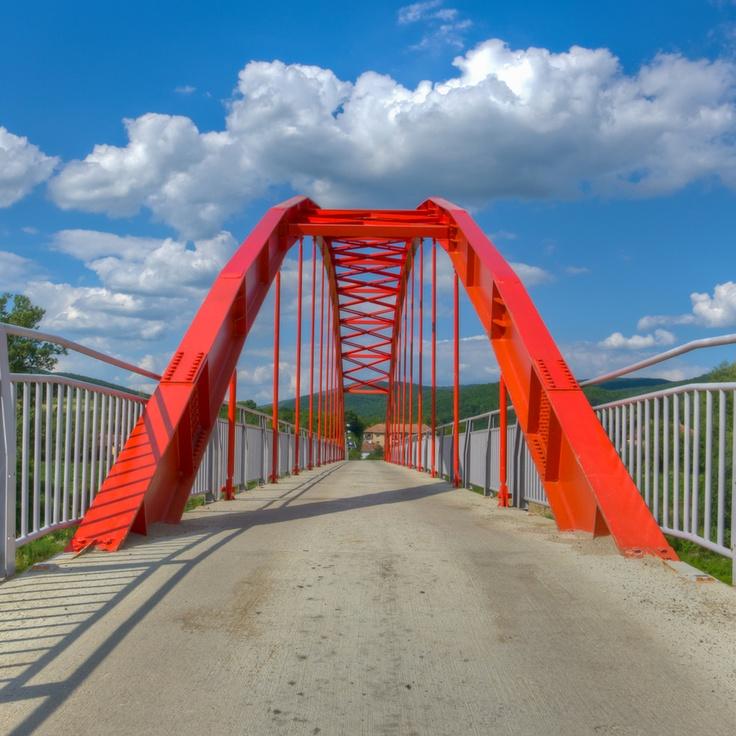 Footbridge, Conop, Arad, Romania.
