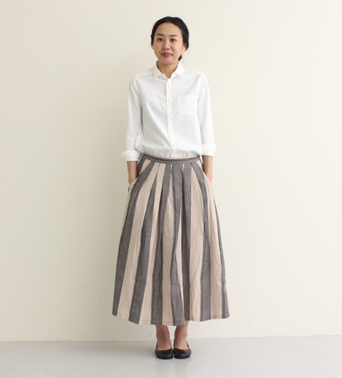 Yes, yes. I can sign on to wide striped…pants? A skirt? Whatever. And pockets.