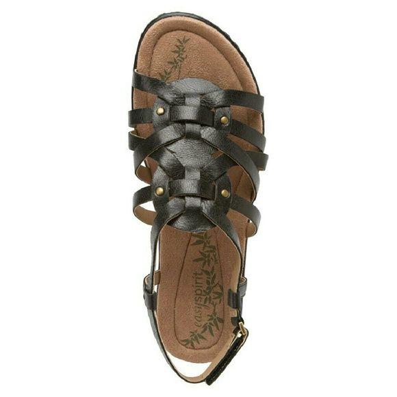 💵Fonal Price💵 Easy spirit sandals Brand new sandals never been worn Easy Spirit Shoes Sandals