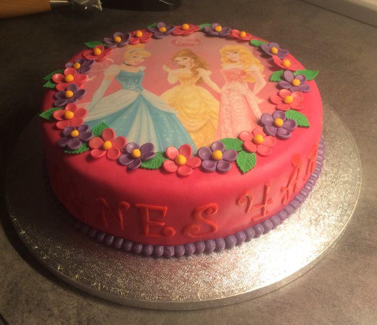 Birthday cake 4 years old, princess cake!