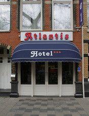 Hotel Atlantis Amsterdam  Description: In het Hotel Atlantis Amsterdam verblijft u in stijl. Achter een kenmerkende Amsterdamse gevel bevindt zich een trendy drie sterren hotel fris en modern. Het Atlantis Hotel Amsterdam is een zeer comfortabel drie sterren hotel op een uitstekende locatie in Amsterdam-Zuid. Als u bij Atlantis Hotel een kamer boekt bent u er zeker van dat u in een comfortabele kamer voorzien van alle moderne faciliteiten verblijft. Een stijlvolle ambiance met…