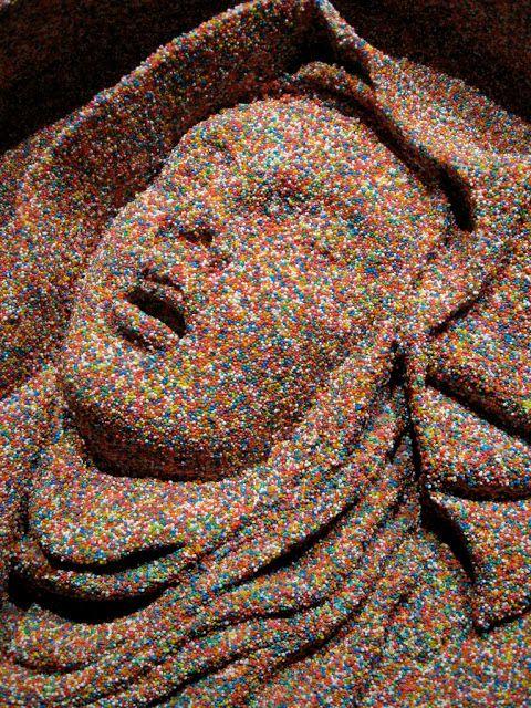 Βοήθα Αγία Τερέζα της Άβιλα  (Ψήγματα  από ρητίνη και πολυουρεθάνη σκαλισμένα με το χέρι -2011)