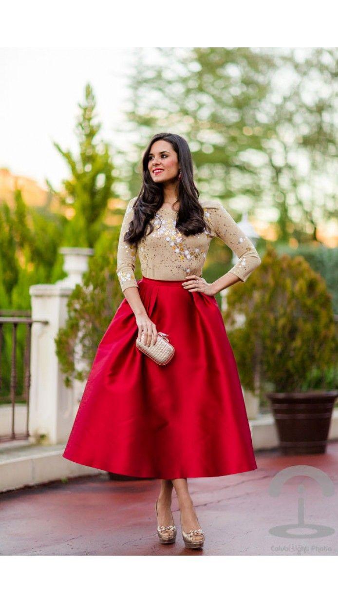 Exclusiva falda midi roja
