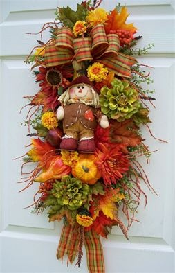 Timeless Floral Creations Wreaths and Swags---SCARECROW SWAG (Wreath alternative) Fall Autumn (http://www.timelessfloralcreations.com/