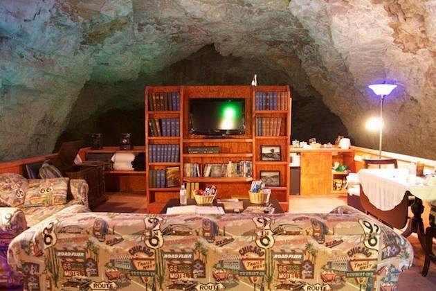 Grand Canyons Cavern Suite, Arizona