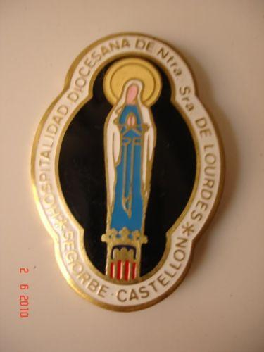 Medalla religiosa Metal dorado y esmalte Virgen Lourdes in Arte y Antigüedades, Artículos religiosos, Medallas | eBay