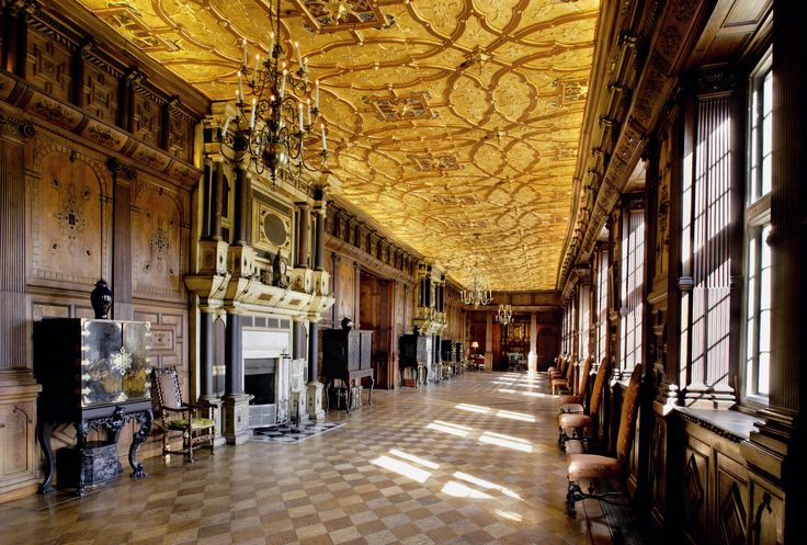 Stately Home Interior | History and glamour at Hatfield House |